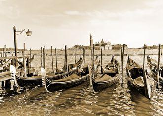 Gondoly v Benátkách